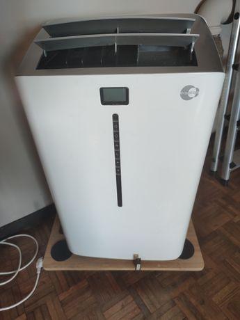 Ar condicionado portátil Equation 12000 BTUs (Quente e Frio)