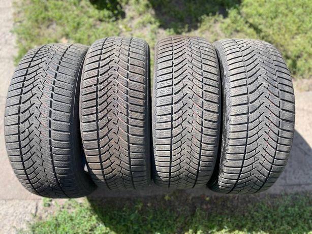 Зимние шины Semperit Speed Grip 3 225/50 R17