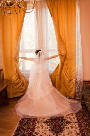 """Продам свадебное платье фирмы """"невеста""""."""