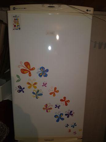 Продам холодильник Самсунг БВ, гарантія, доставка.