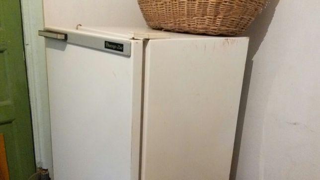 """Холодильник """"Днeпр 2М"""" бeз фрeона, на запчасти."""
