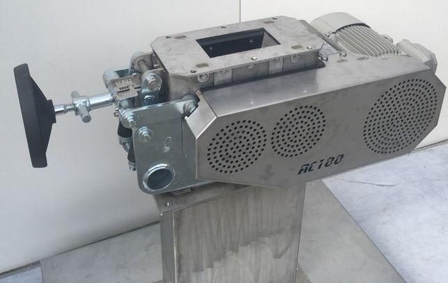 Młyn dyskowy MULTICRACKER rozdrabniacz śrutownik gniotownik do zbóż 3t