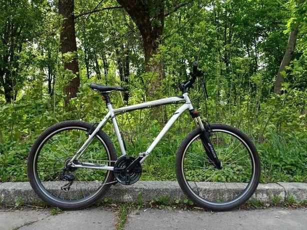 Велосипед Specialized 26е (не Giant, Cannondale, Scott, Cube)