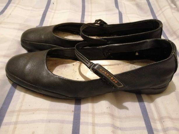 Sapatos / sabrinas Bata