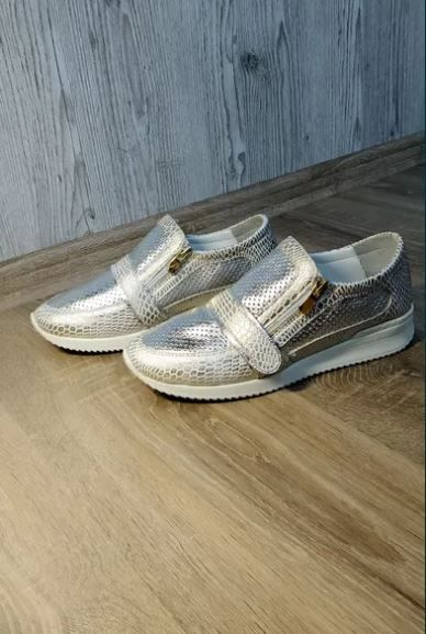 Продам кожаные кроссовки 39 размер Херсон - изображение 1