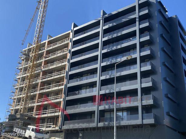 Apartamento T4 de Luxo em Fraião, em construção