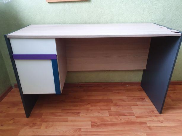 Szynaka meble młodzieżowe model Ikar biurko, regał, półka wisząca