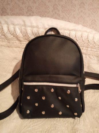Жіночий рюкзак 222 грн