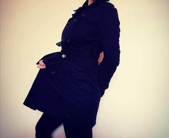 Wygodny czarny wiosenny  płaszcz ciążowy H&M Mama