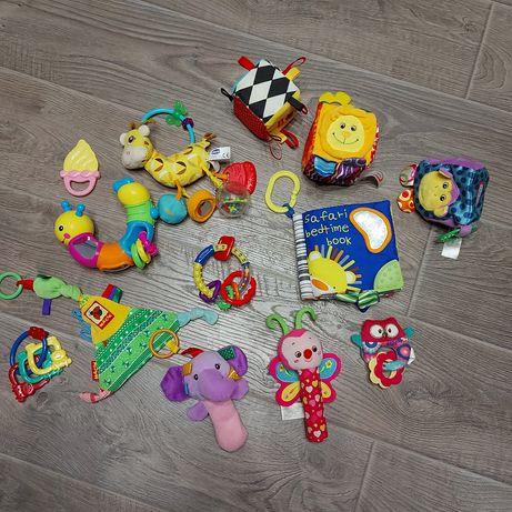 Набор игрушек для малыша от 0+ месяцев