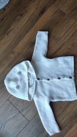 Żakardowy biały sweterek na 6 miesięcy , 68/74