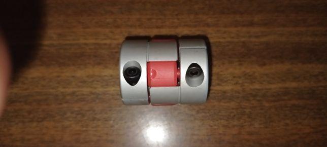 Гибкая кулачковая муфта 8х12М (L30, D25)