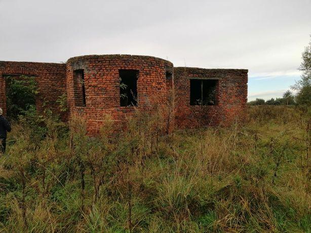 Продам землю із незавершеним будівництвом