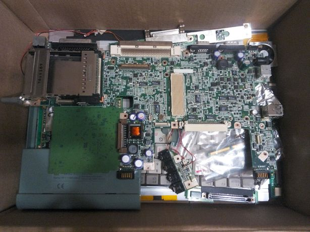 ноутбук Scenic Mobile 750AGP Fujitsu siemens computers по запчастям