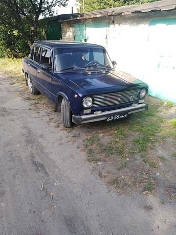 ВАЗ21011 продам автомобиль