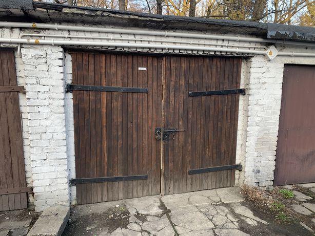 Sprzedam garaż