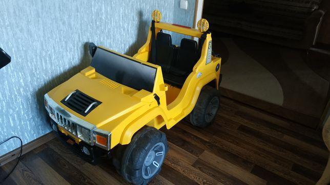 Машинка электрическая детская, двухместная