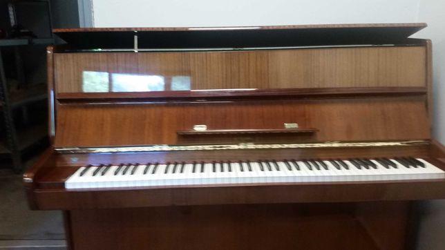 Pianino Rosler by Petrof. Transport, gwarancja