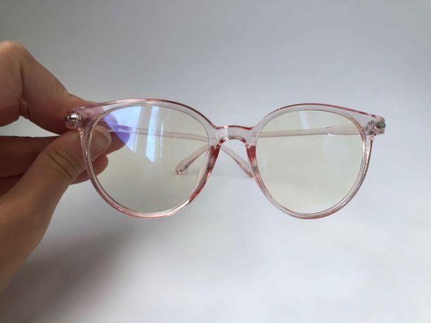 Очки солнцезащитные / имиджевые