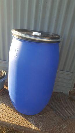 Beczka beczki 200L plastikowa