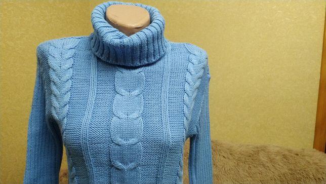 Теплый удобный свитер