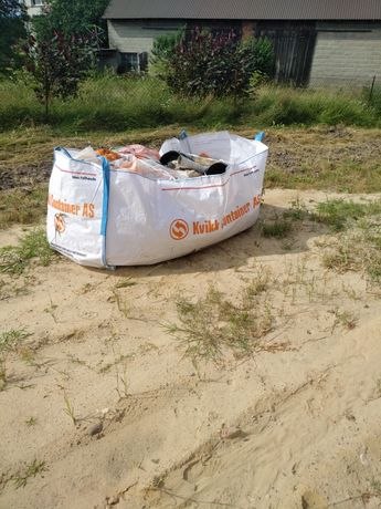 Worek big bag na gruz, odpady, drewno, śmiecie.