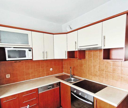 meble kuchenne ze sprzętem, kuchnia
