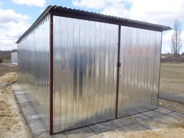 Garaż Blaszak Schowek na budowę Garaż blaszany Budowa Garaże blaszane