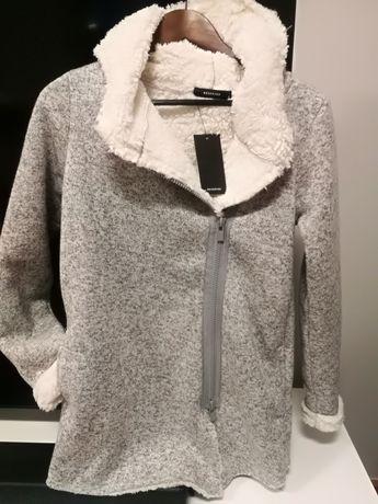 Nowy kożuszek/ narzutka bardzo ciepła rozmiar S