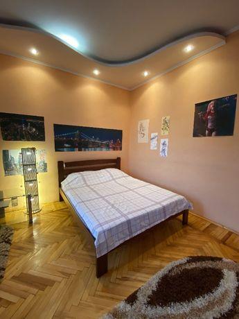 Оренда квартири в центрі, автономне опалення, всі меблі, ремонт