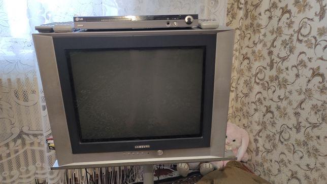 Телевизор в отличном состоянии, на дачу или съёмную квартиру