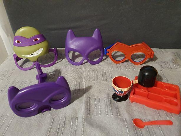 Zabawki, okulary superbohaterow, zestaw śniadaniowy