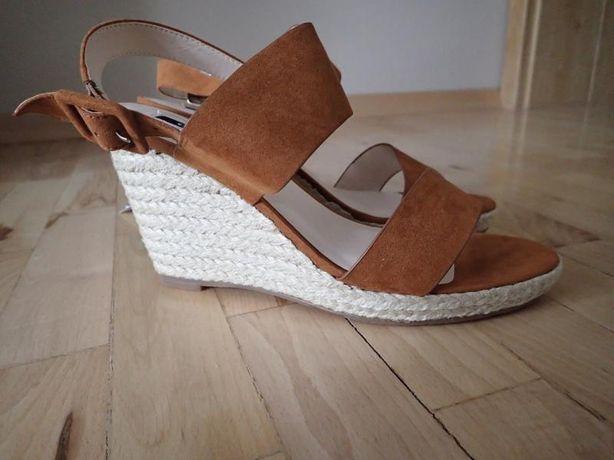 Sandałki Orsay na koturnie-NOWE!