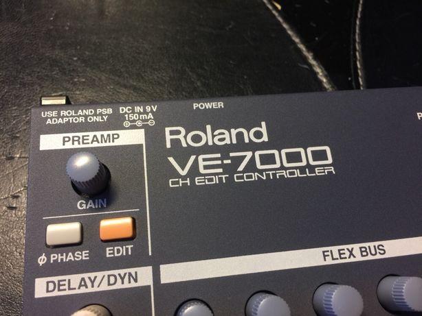 Controlador MIDI Roland VE-7000