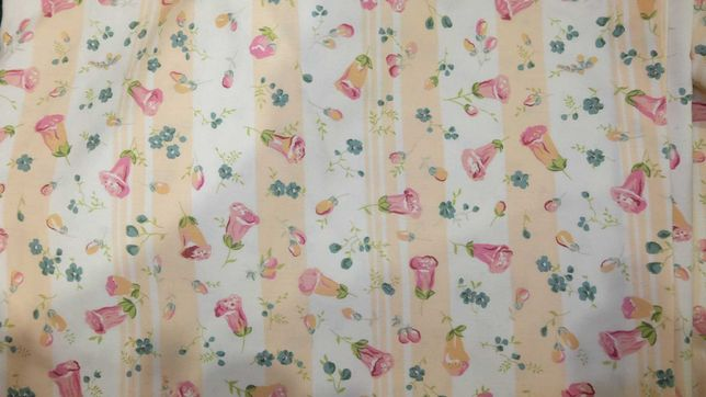 cortinados com motivos florais
