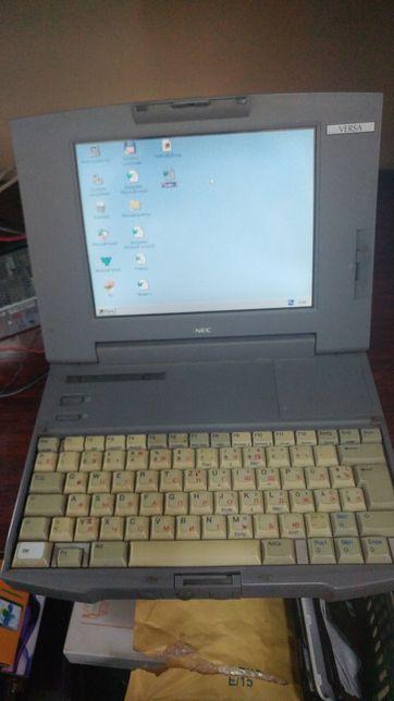 Старинный ноутбук
