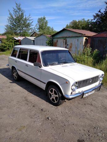 Ретро авто ВАЗ 2102. Експортний варіант.