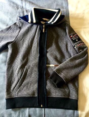 2 casacos azuis e 1 castanho - 8 e 10 anos
