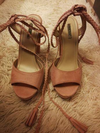 Buty/sandały na słupku