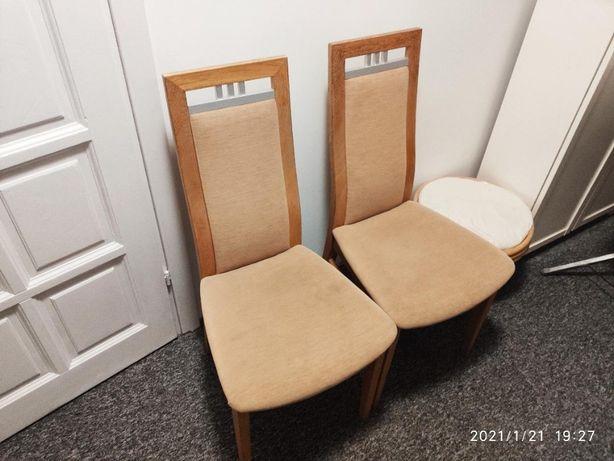 Krzesła w dobrym stanie
