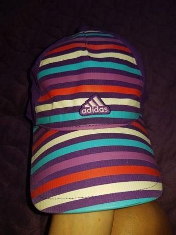 Czapka z daszkiem firmy Adidas