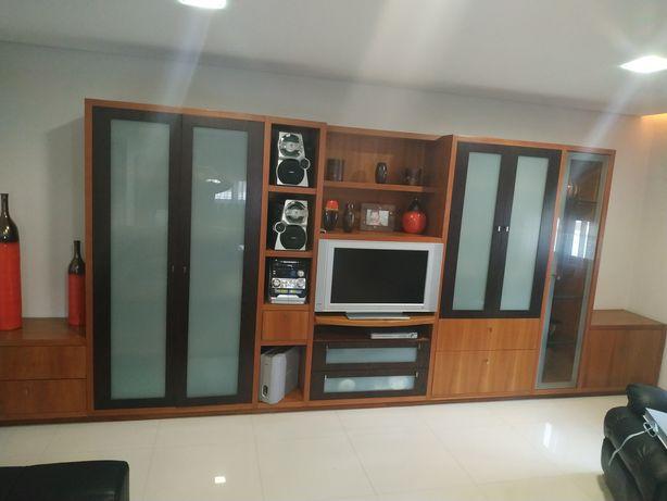 Móvel de sala como novo + tv