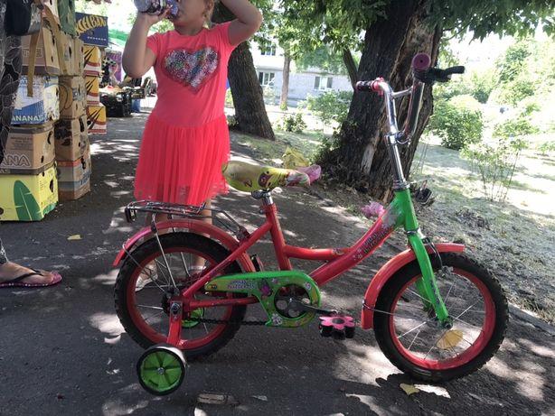 Велосипед для девочки, колеса 14