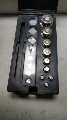 Комплект Г-4-211,10 гири для взвешивания СССР 1985г
