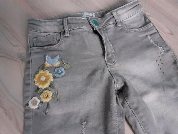 Wysyłka 1 zł. Spodnie jeans Mayoral rozmiar 122, stan idealny