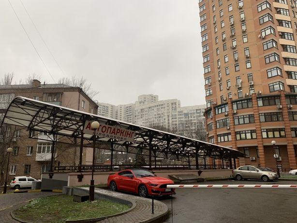 Продам паркоместо в подземном паркинге, Печерск, Л. Украинки