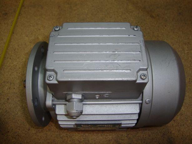 Motor Trifásico 0.5 HP/0.37 KW - 1370 rpm - NOVO