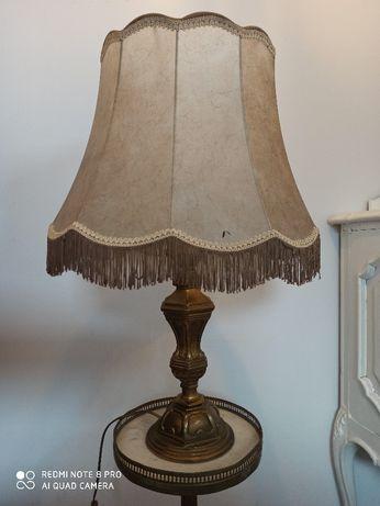 stylowa lampa stojąca z mosiądzu