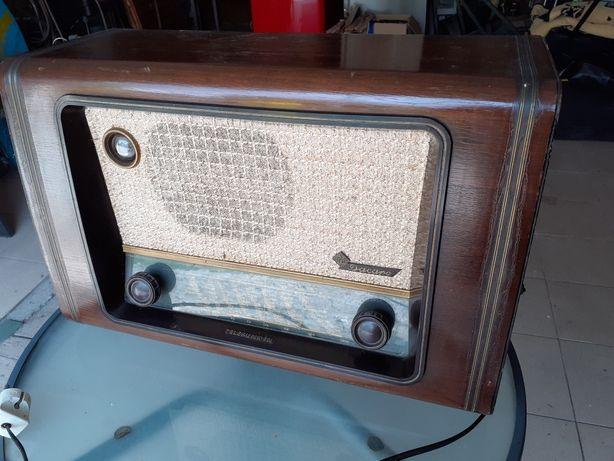 radio zabytkowe TELEFUNKEN dacapo 1952 rok