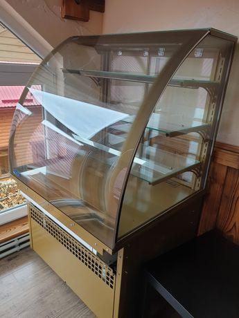 Холодильна Вітрина